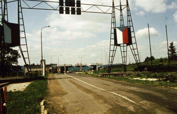 Hraničný priechod Vyšný komárnik, Slovensko-Poľské hranice