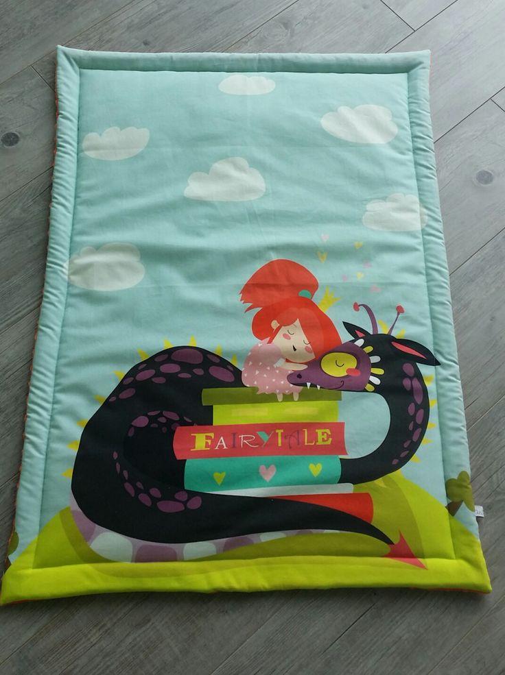 Couverture bébé- modèle la fillette et son dragon - plaid bébé - couverture fait main : Puériculture par small-sleeper