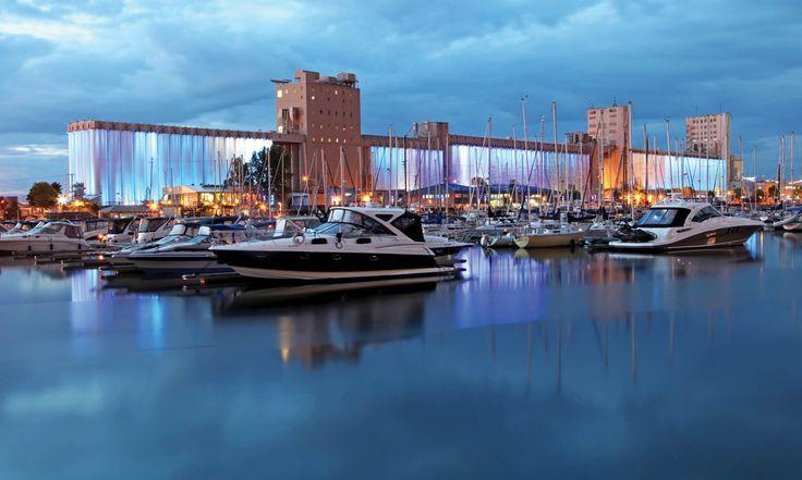 Le Moulin à Images, Ville de Québec Spectacle en plein air de Robert Lepage et Ex Machina