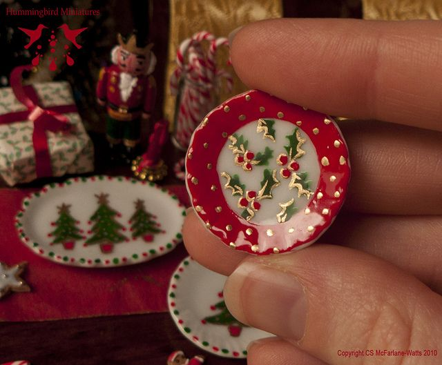 Handpainted Christmas Dish - Dollhouse miniature in 1:12 scale by Hummingbird Miniatures, via Flickr