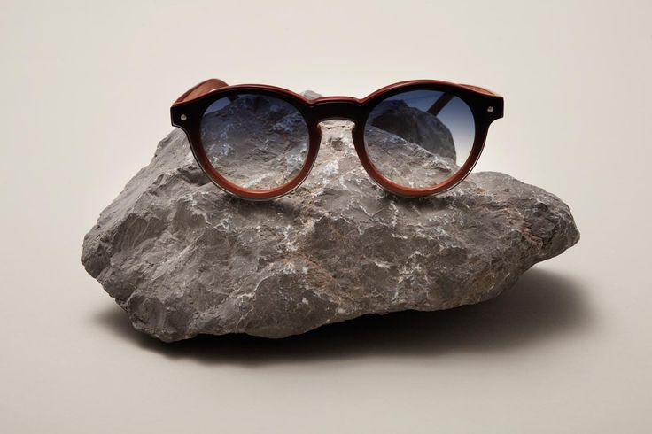 Available as a special limited edition of only 50 units, the Travel sunglasses are the first product conceived by eldorado for the outdoors living.