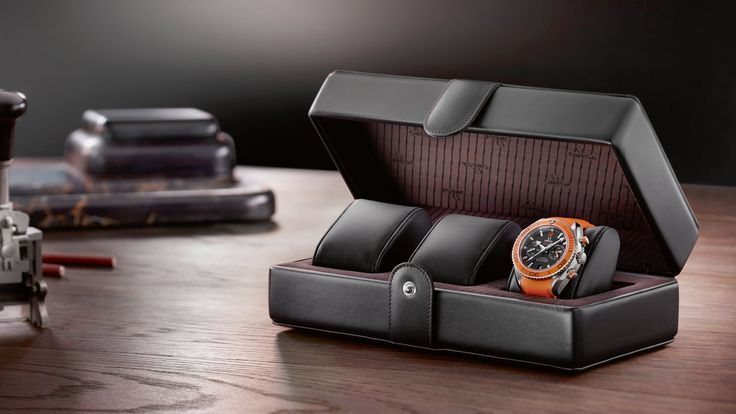 OMEGA Watches: Accessories - Fine Leather - Watch boxes