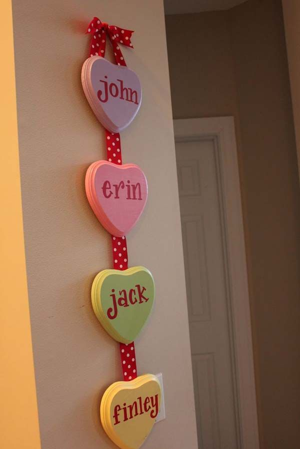We love this #ValentinesDay decoration idea! Such a cute way to get festive with this #holiday!