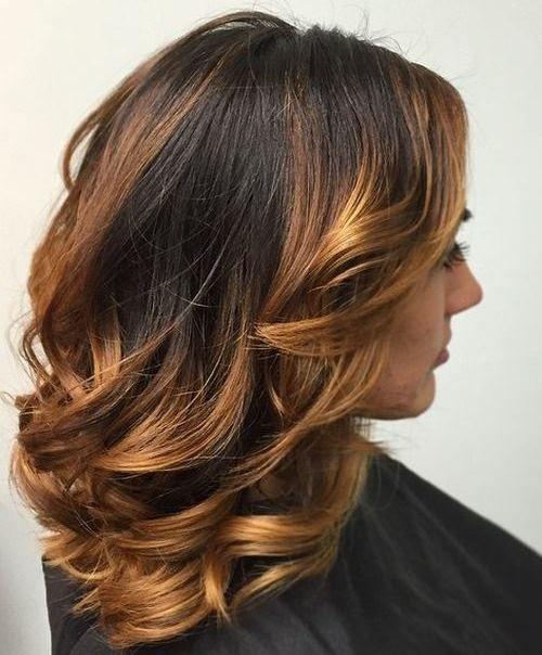 15 Medium haircuts for women. Different medium layered haircuts. Simple and easy medium layered haircuts. Top medium layered haircuts for women.