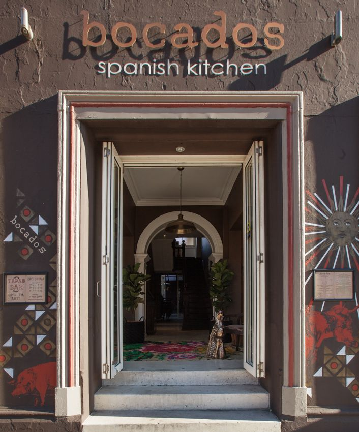 Bocados Spanish Kitchen Sign