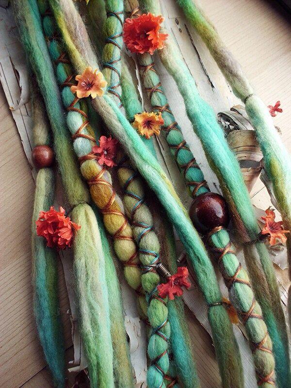 tie dyed yarn                                                                                                                                                                                 Más
