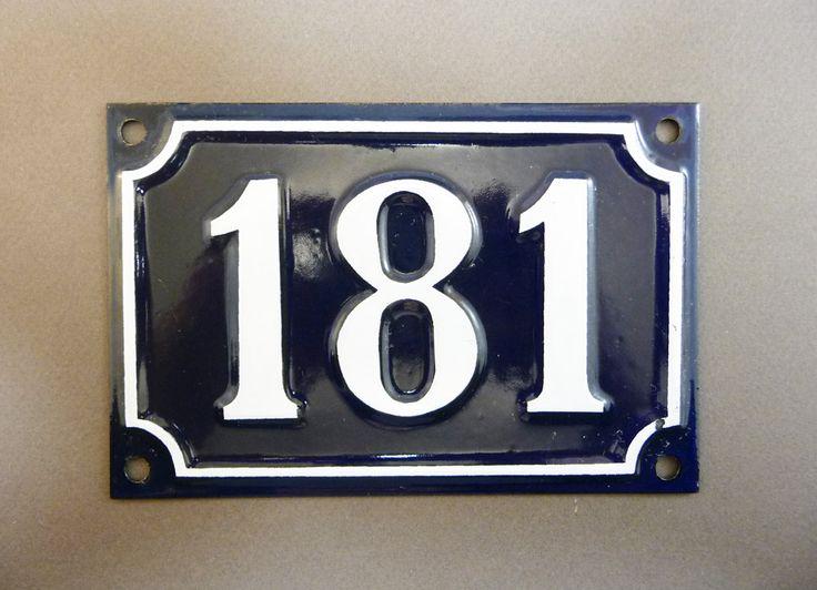 les 25 meilleures id es de la cat gorie plaque de rue sur pinterest plaques de rue numero de. Black Bedroom Furniture Sets. Home Design Ideas