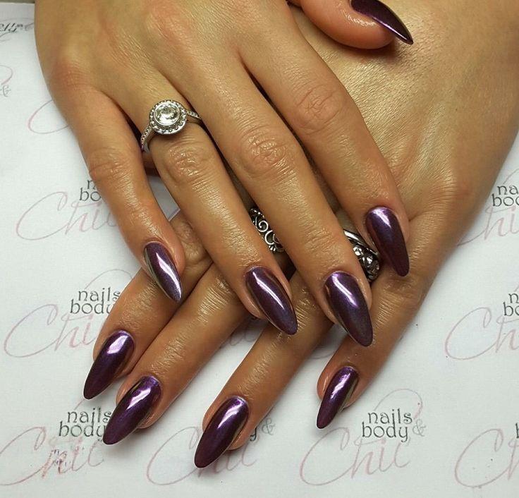 Oltre 25 fantastiche idee su unghie viola su pinterest disegni per unghie viola unghie da - Nail art a specchio ...