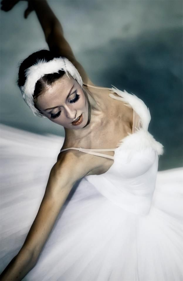 Besoindedanser Evgenia Dolmatova Swan Lake White And