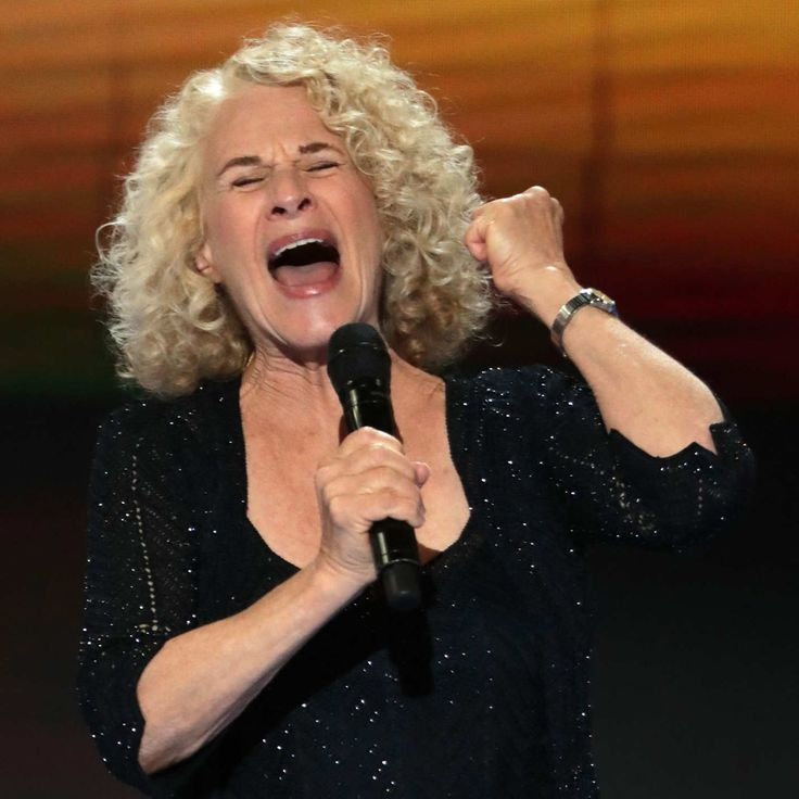 PHILADELPHIA, PA - JULY 28:  Singer-songwriter Carol King performs on the fourth day of the Democratic National Convention at the Wells Fargo Center, July 28, 2016 in Philadelphia, Pennsylvania. Democratic presidential candidate Hillary Clinton received the number of votes needed to secure the party's nomination. An estimated 50,000 people are expected in Philadelphia, including hundreds of protesters and members of the media. The four-day Democratic National Convention kicked off July 25…