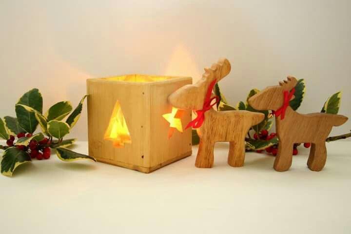 Christmas tealight holder and reindeer