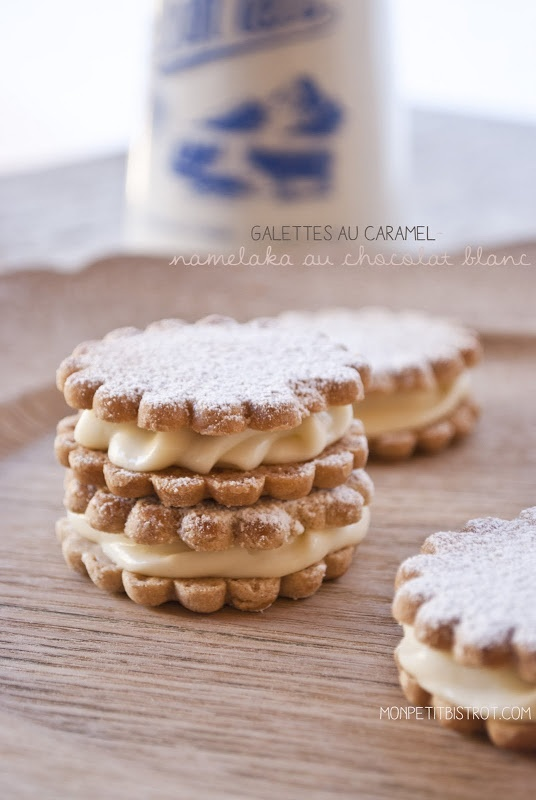 Galettes au caramel....This recipe is for a yummy cookie cream filling. Would probably be good with a thin sugar cookie or something similar