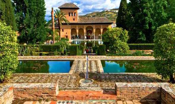 alhambra palace gardens - Google Search