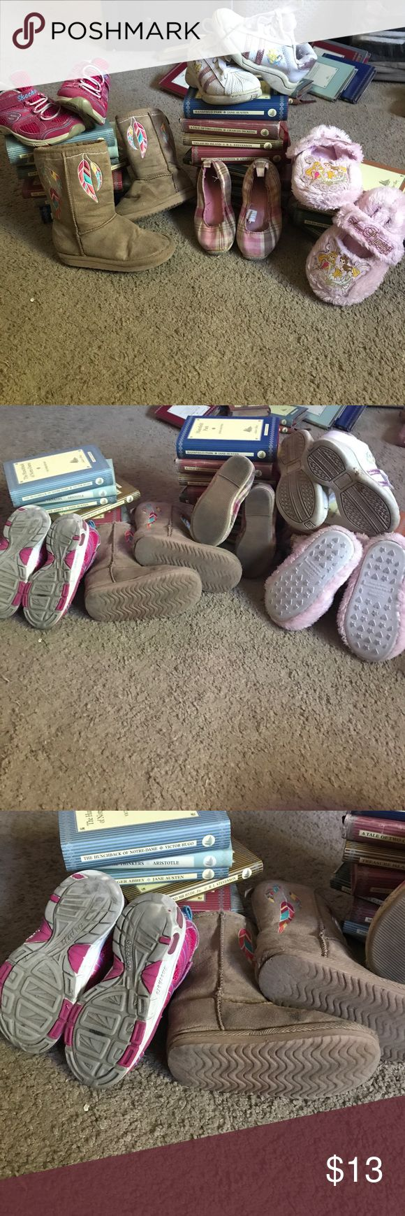 Girls Shoes size 7-8 Boots -old navy size 7, pink sketchers size 8 lights still work, plaid pink flats gap, Disney shoes size 7.5 Disney slippers size 7-8. Have been very loves and so show some wear on the bottoms and tips of the gap shoes. ❤️💓💖 Skechers Shoes