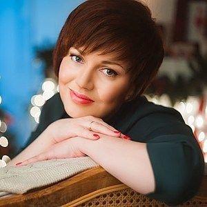 Магазин мастера TanyaSalina (Татьяна Салина): шарфы и шарфики, освещение, шали, палантины, платья, обучающие материалы