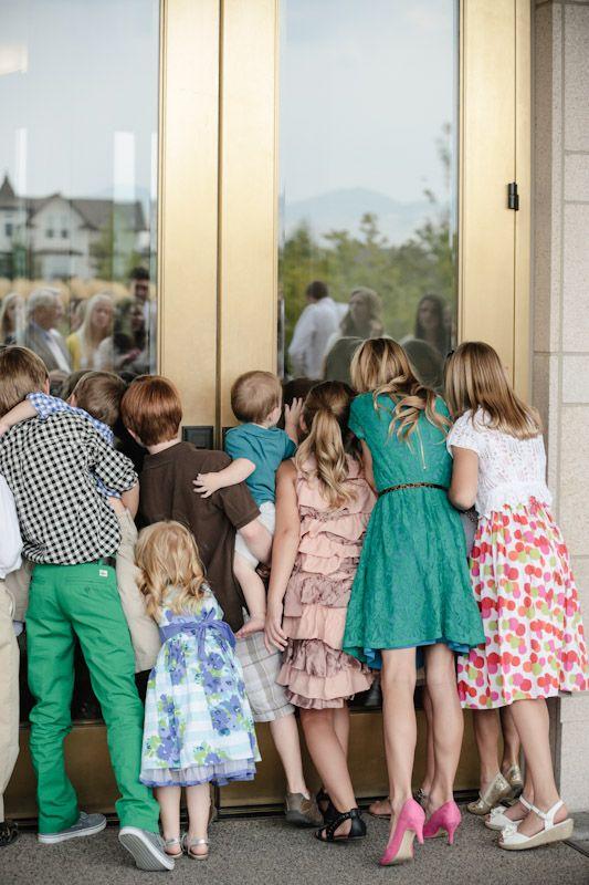 Wedding and Portrait Photographer-Oqhirr Temple wedding The Bungalow reception0020R0A2933-Blog