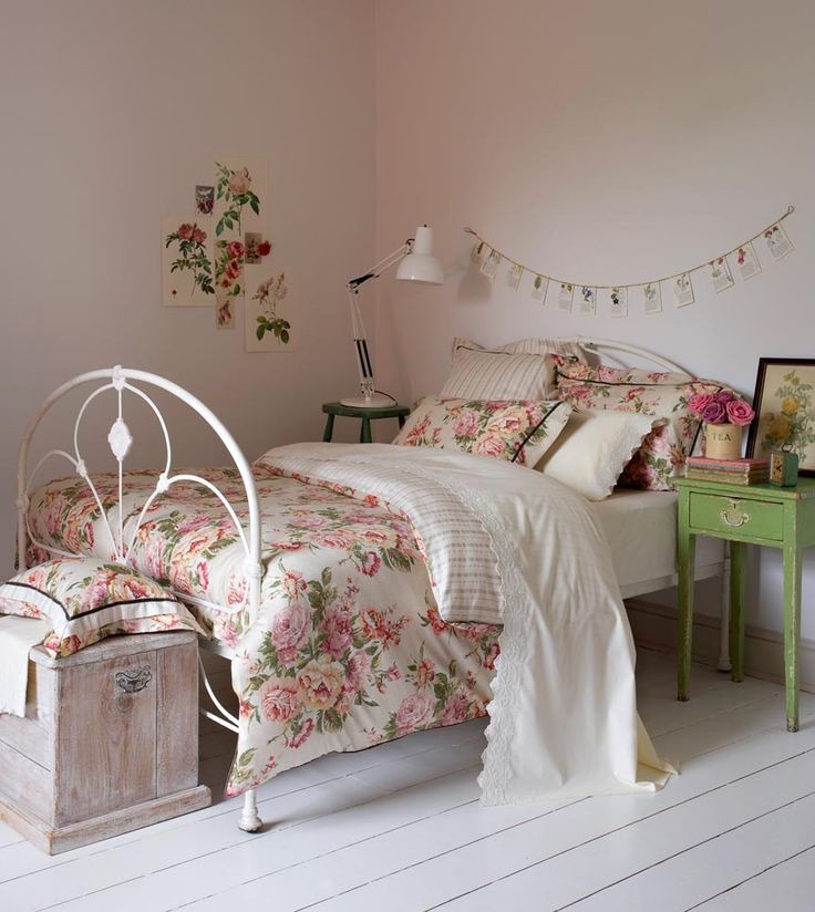 25 Best Ideas About Floral Bedding On Pinterest Floral Bedroom Floral Bedroom Decor And Dorm