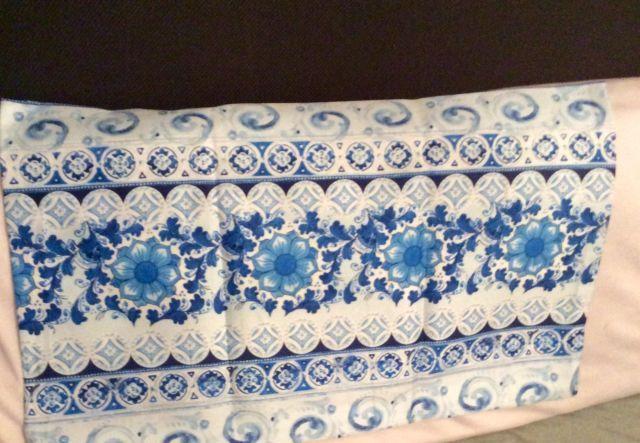 Kissenhülle aus Bassetti Satin Stoff Caltagirone V 3 blau 50x30 Kissen Baumwolle | eBay