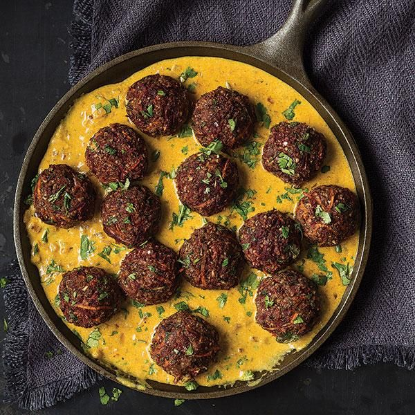 Mushroom and Quinoa Meatballs with Madras Curry Sauce #MeatlessMonday #vegetarian