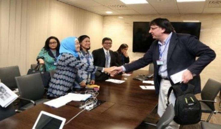 Pemerintah Berkomitmen Penuhi Hak-Hak Dasar di Tempat Kerja  KONFRONTASI - Dalam Deklarasi Organisasi Buruh Internasional (ILO) tentang Keadilan Sosial untuk Globalisasi yang Adil (Deklarasi 2008) ILO menetapkan empat tujuan strategis yang sama pentingnya salah satunya adalah menghormati mempromosikan dan mewujudkan Fundamental Principles and Rights at Work Branch (FPRW). Sejalan dengan hal itu Pemerintah Indonesia berkomitmen untuk menerapkan Prinsip-prinsip dan Hak-hak Dasar di Tempat…
