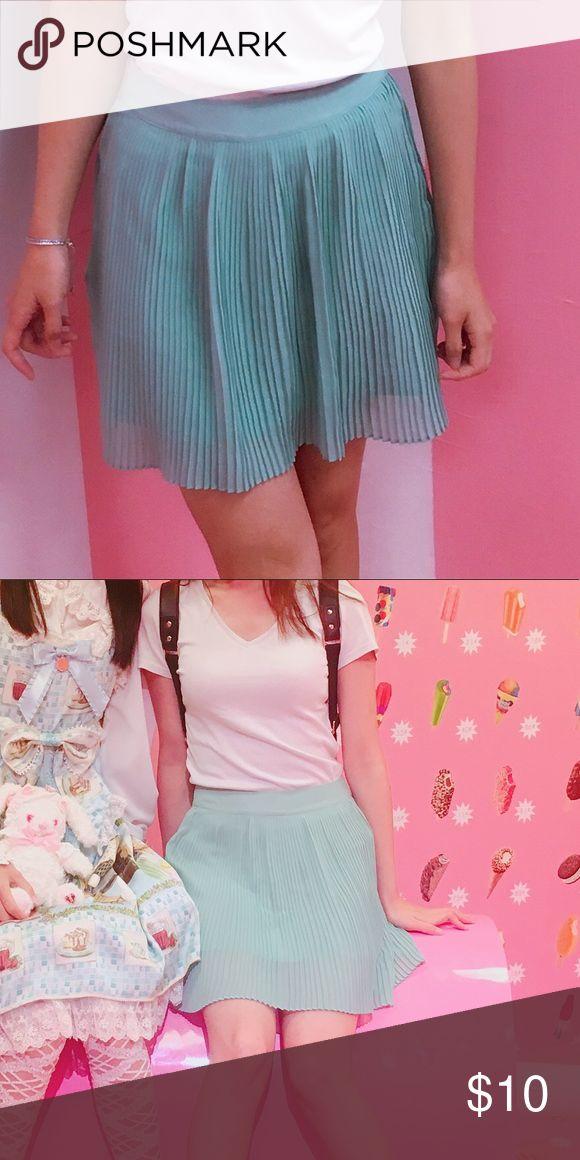Mint green skirt Cute silky mint green skirt Forever 21 Skirts Mini