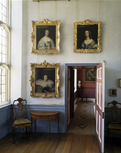 17 best images about traditional early american for Early american decorating style