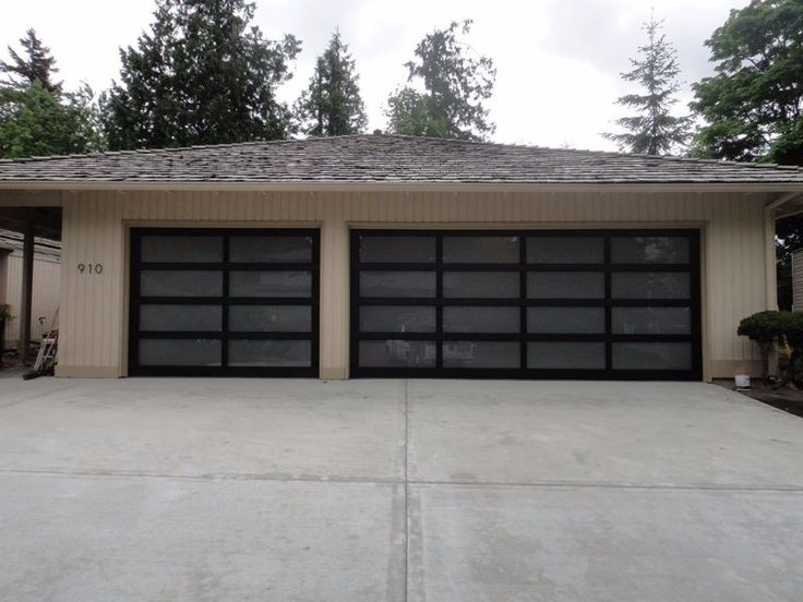 25 best glass garage door ideas on pinterest shop doors for Translucent garage doors