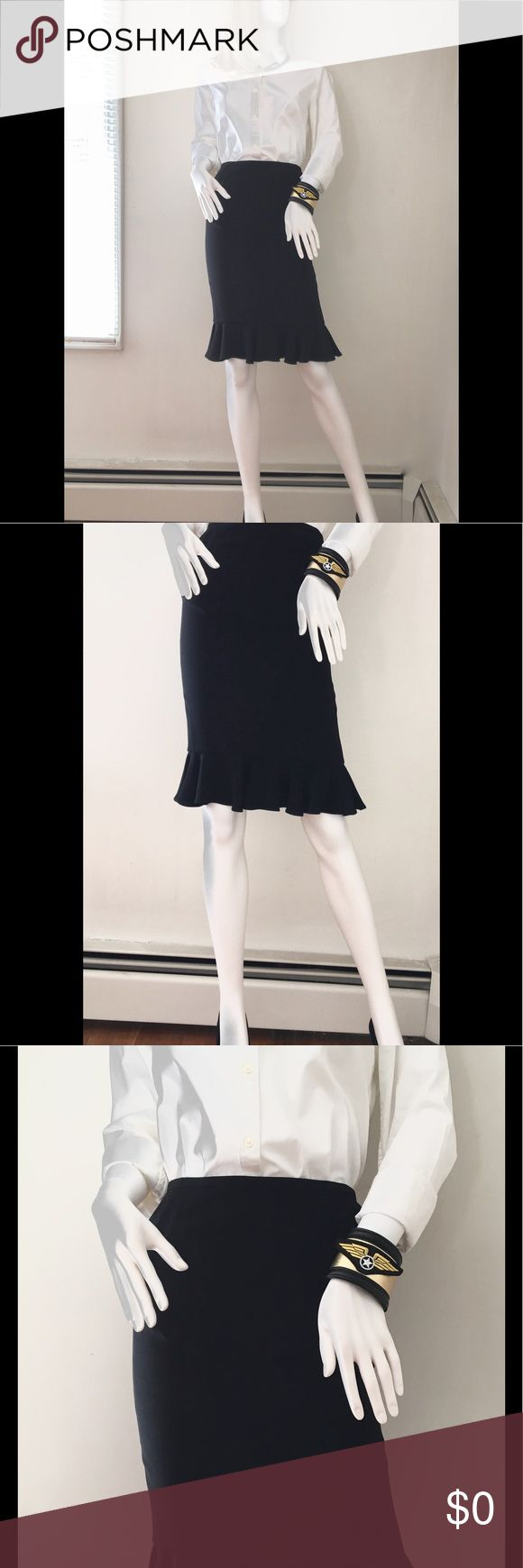 """BLACK SILK LAFAYETTE 148 RUFFLE PENCIL SKIRT SZ 0 Neiman Marcus, Lafayette 148, ruffled hem, pencil skirt for the office or that special dinner date. Worn twice. Excellent condition! Fully lined. Waist-25"""" Length-23"""" Hips-32"""" Size-0 Lafayette 148 New York Skirts Pencil"""