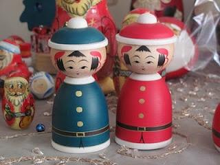Hiraga Christmas kokeshis