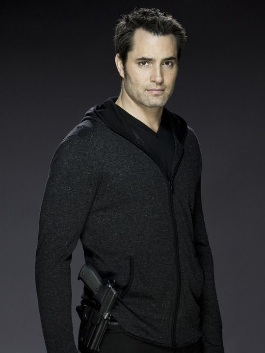I can see him playing homicide detective Dalton Vail. From Continuum (TV show) Victor Webster as Carlos Fonnegra.