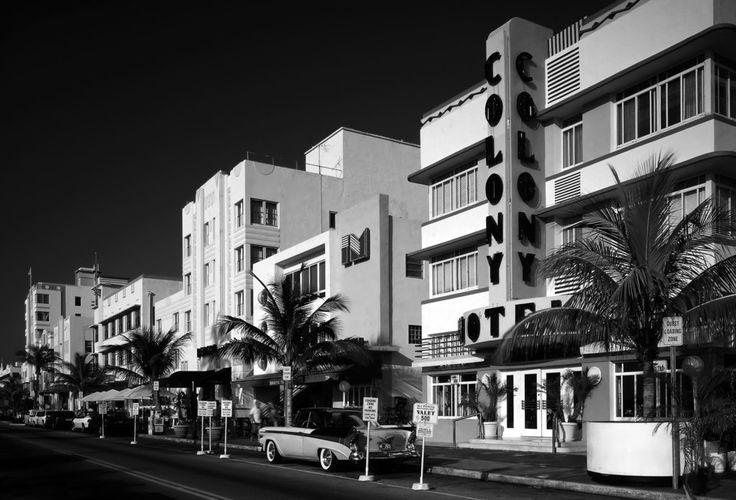 Colony hotel ocean drive miami beach beach art deco