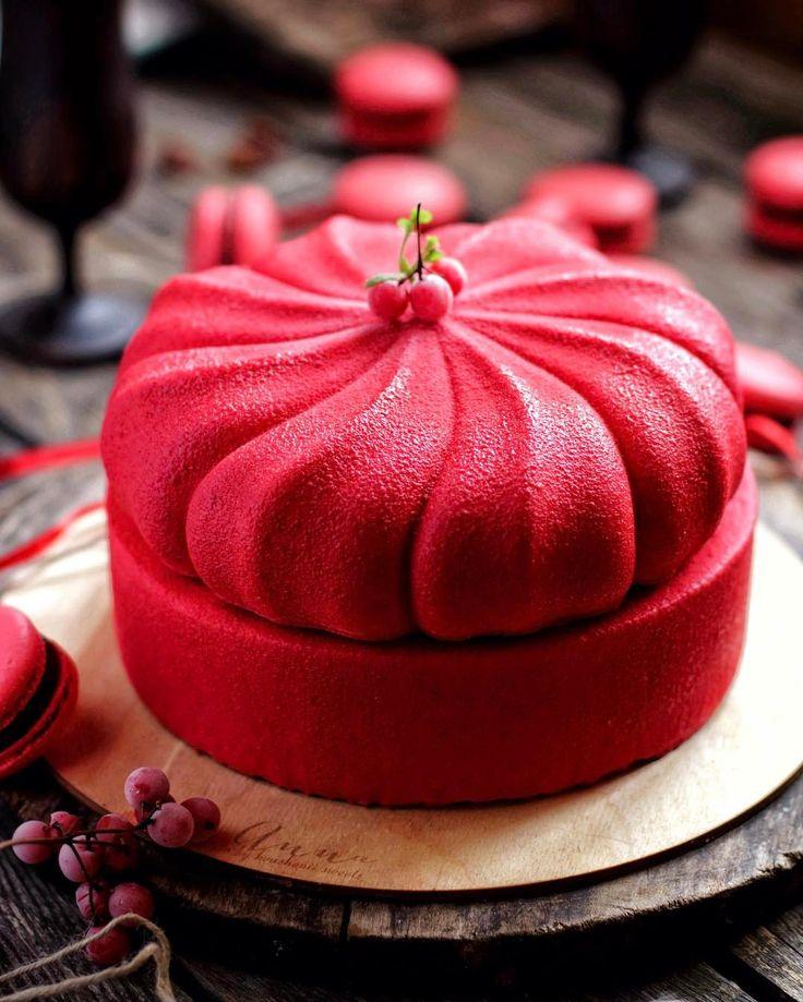 """769 mentions J'aime, 38 commentaires - Anna Квашеный (@kvashenii) sur Instagram : """"Торт называется #найди33косяка . Я даже знаю, у кого сейчас глаз подергиваться будет  но торт для…"""""""