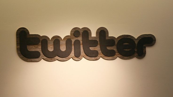 Twitter has poached Facebook's head of consumer and mobile marketing, Kate Jhaveri.