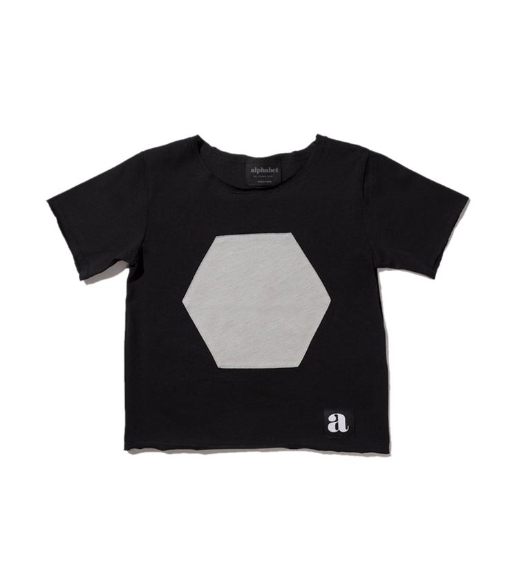 gray hexa patch t-shirt