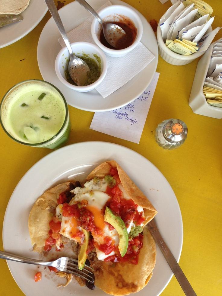 Huevos rancheros y piña agua de Chaya : zamas tulum   you fancy huh ...