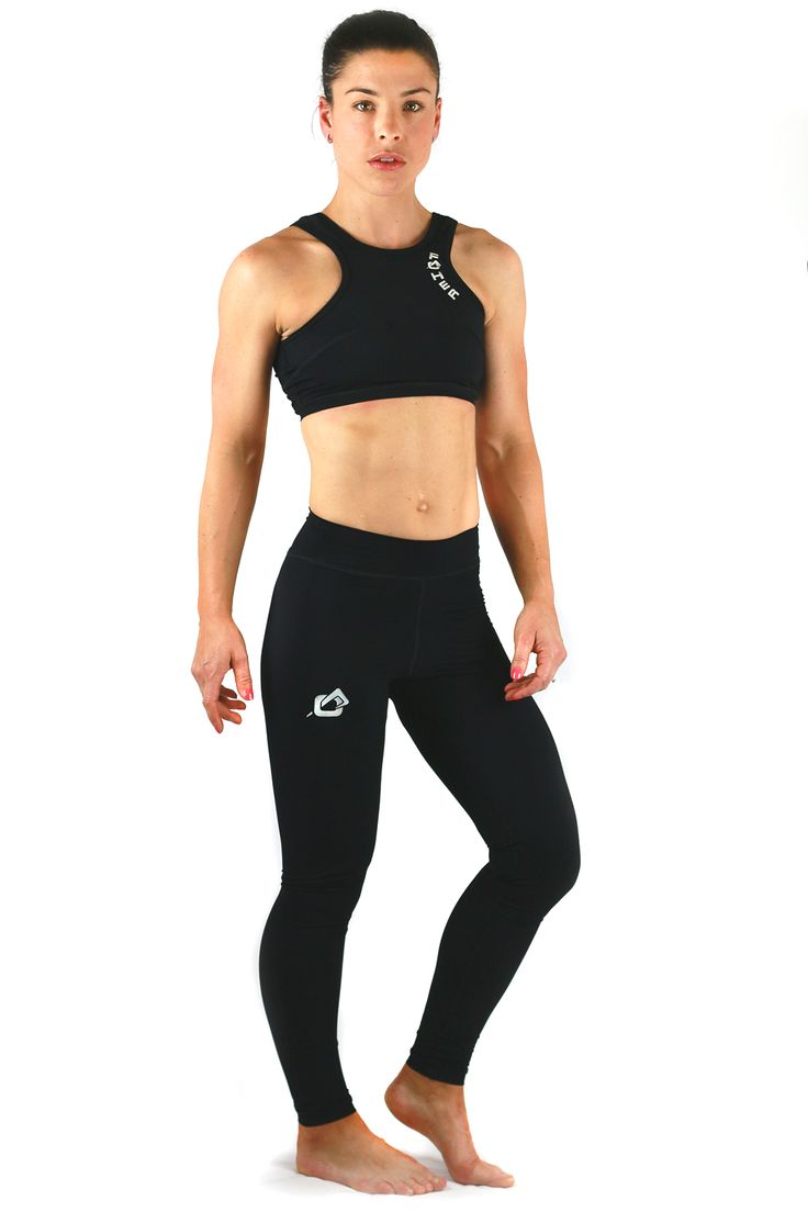 FOHER Ultimate Support Crop paired with black performance legging.