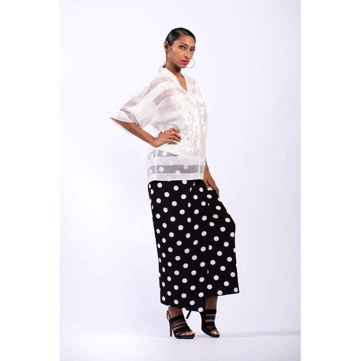 EID 2016 Hijab style chic modest fashion modest dressing modest style modest chic Hijab Muslimah FvRaya2016 Raya Lebaran kurung Sydney Australia Kuala Lumpur Black and White Polka Dots embroidery RTW retail Fashion Valet online offline