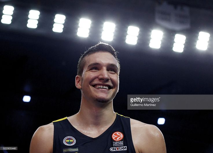Bogdan Bogdanovic of Fenerbahçe Istanbul celebrates victory at the end of Turkish Euroleague playoff third match between Real Madrid and Fenerbahçe, at Palacio de los Deportes in Madrid on April 19, 2016.