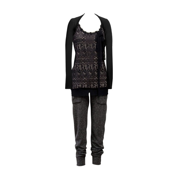 So chic! The Fall '11 Emily Top looks fabulous paired with the Fall '12 Fleck Pant and Ballet Arm Warmers!
