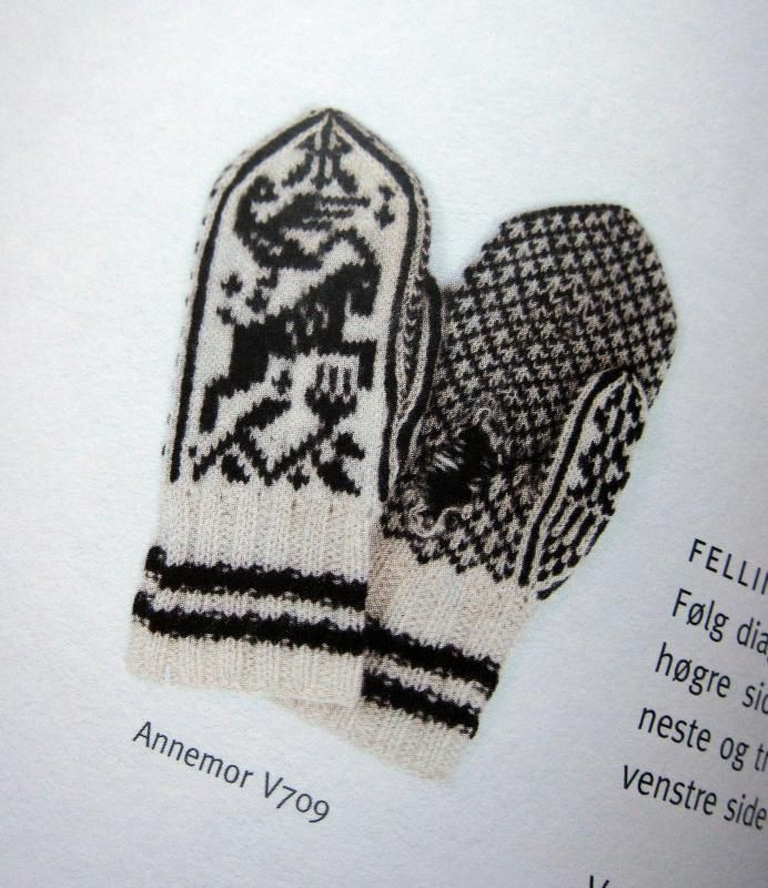 Annemor Sundbø's new mitten book | Norske votter og vanter | Flickr - Photo Sharing!