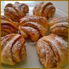 Chutné, ořechově - skořicové turecké koláče. Kombinovat je můžete s různými náplněmi, na které máte chuť. Mňam!