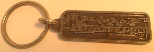 Vintage Keychain MANOIR SAINT-SAUVEUR  Ancien Porte-Clés MANOIR SAINT-SAUVEUR QC