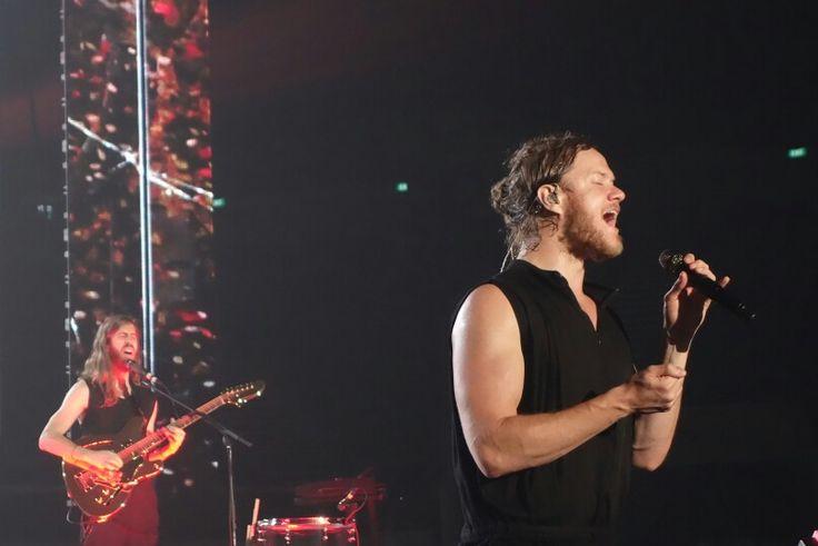 Imagine Dragons Live on their 'Smoke + Mirrors' tour in Singapore.