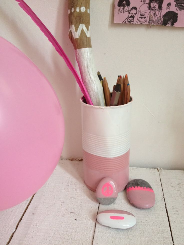 Méchant Studio Blog: Light Pink VS Neon styling