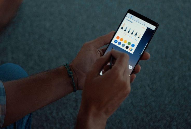 El Samsung Galaxy Note 8 ya es oficial, el teléfono más potente de la marca coreana viene a competir directamente en la gama alta y a hacernos olvidar el dra...