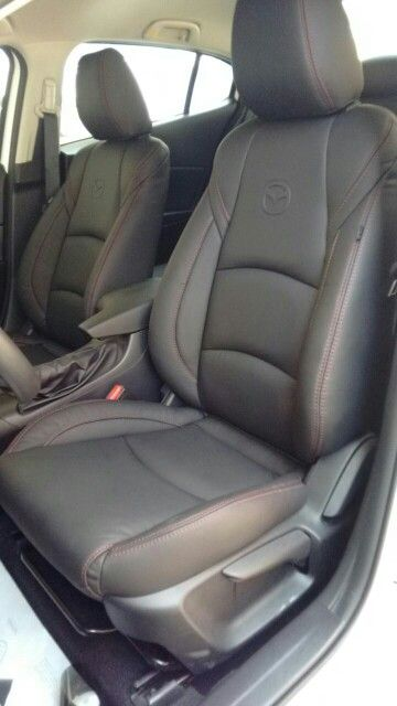 Mazda 3 nueva generación 2015.