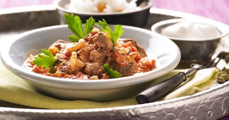 Herkulliselle tuoksuva ja mausteinen lammaspata lämmittää kylminä iltoina. Sopii erinomaisesti sunnuntaipäivälliseksi!