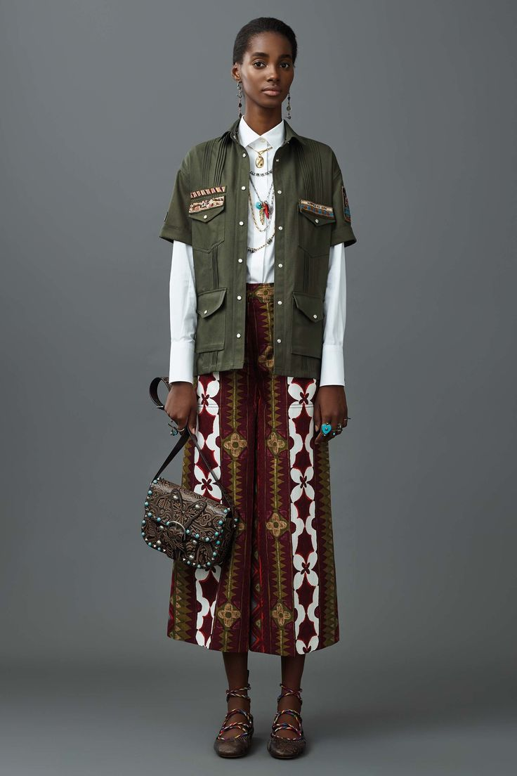 Valentino Resort 2017 Fashion Show  This Valentino collection was inspired by Cuban culture. Read more about fashion's tricky infatuation with Cuba here: http://www.refinery29.com/2015/06/88926/cuba-fashion-inspiration  …at least this collection is better than their Pre-Fall 2016 collection? http://www.theclosetfeminist.ca/valentinos-pre-fall-2016-collection-had-an-uncomfortable-amount-of-borrowing/  http://www.vogue.com/fashion-shows/resort-2017/valentino/slideshow/collection#41