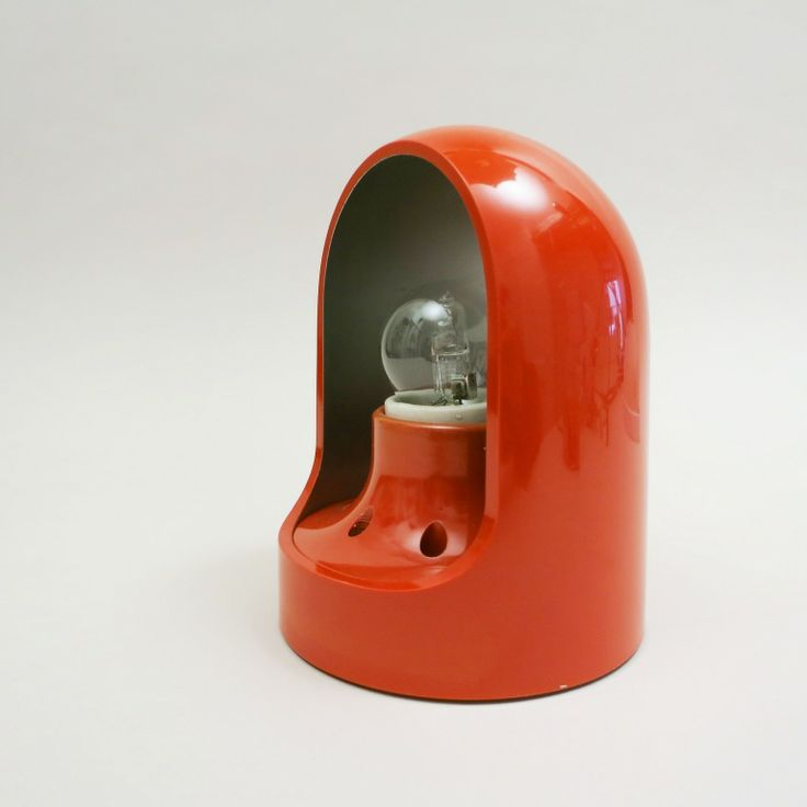 Giuliana Gramigna Red Sconce for Martinelli Luce 1960 http://modernariato.fr/