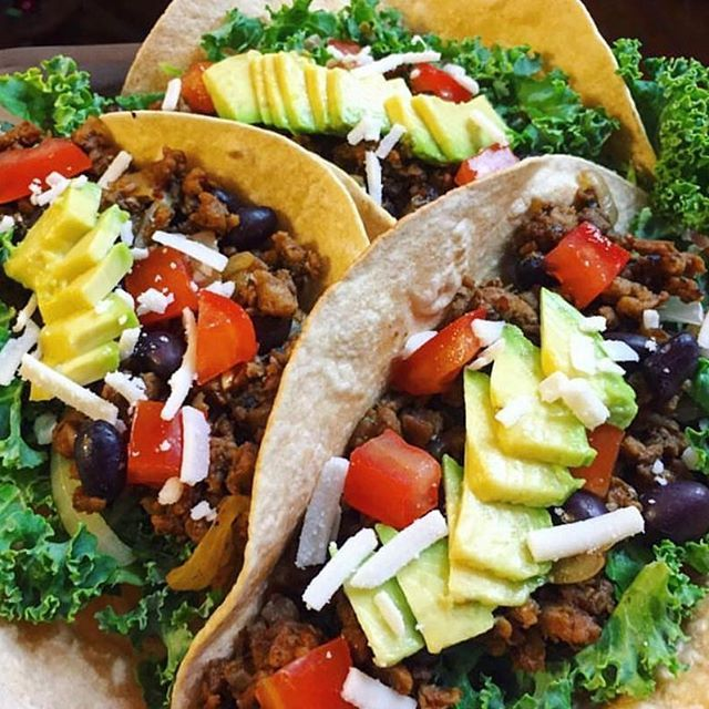 """@eatingthe.rainbow brings lots of colour to an otherwise """"Blue Monday"""" with these delicious tacos, using our Yves Veggie Cuisine Veggie Garden Veggie Crumble. . . . #meatlessmonday #yvesveggiecuisine"""